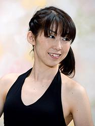 ヨガ・ピラティスインストラクター山本美枝 - プロフィール写真